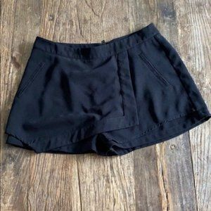 Sanctuary Black Dress Skorts Size Medium new